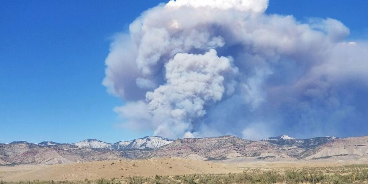 Mississippi firefighters to help battle wildfire in Colorado