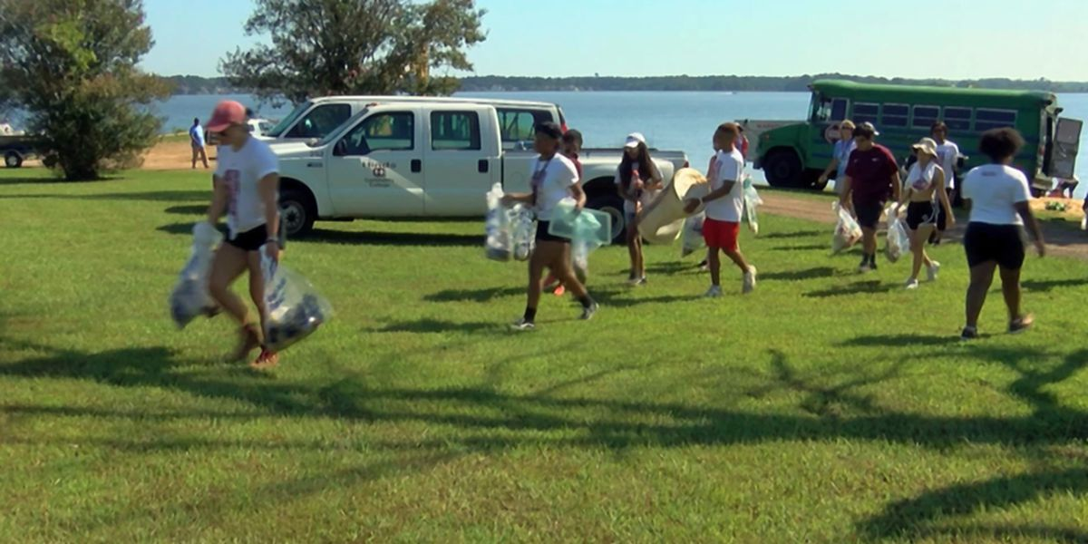 Several groups came together for second annual Pearl River Cleanup