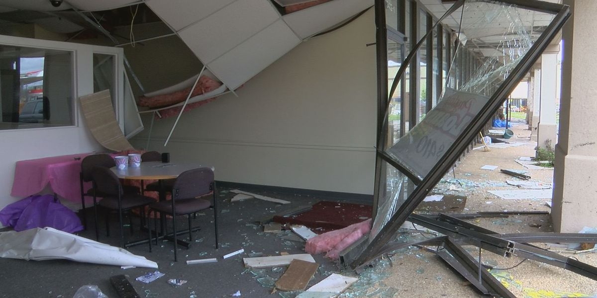 Warren County residents and business owners pick up the pieces after destructive storm
