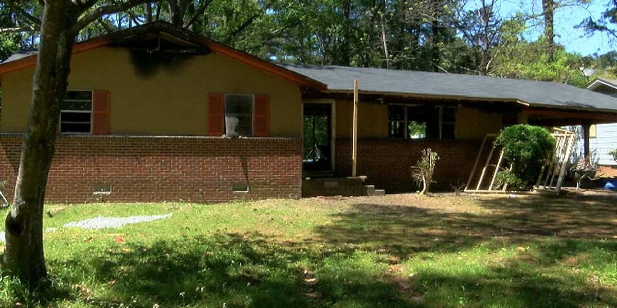 Contractor fails to complete home repairs for Jackson woman
