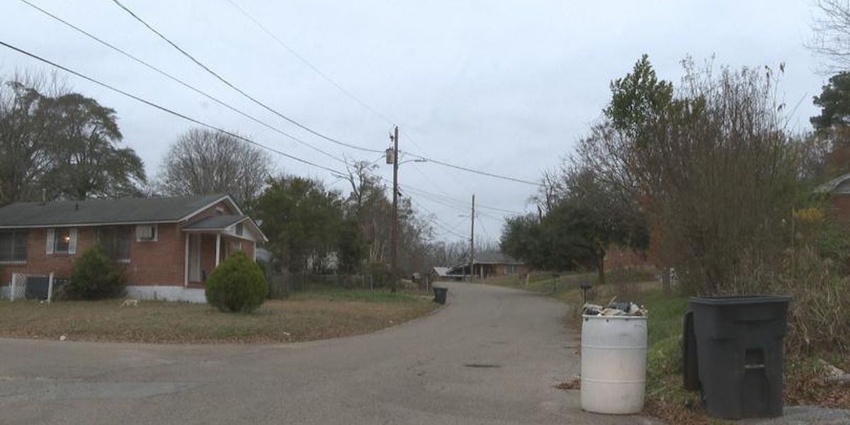 Meridian man freezes to death after possibly falling asleep on porch