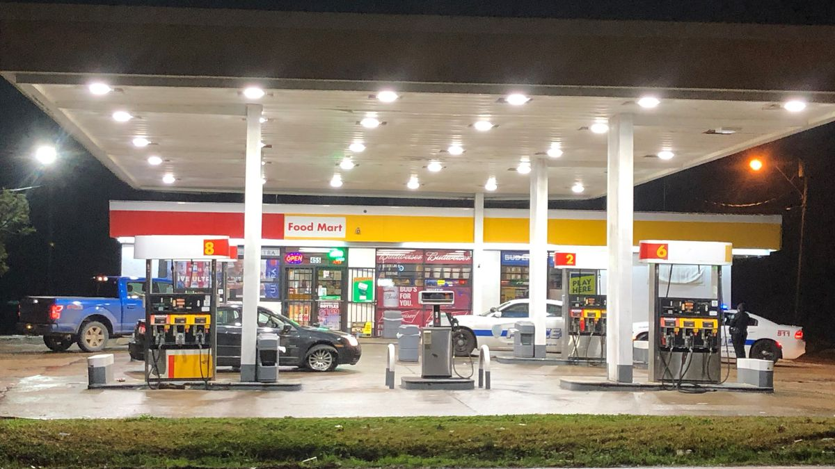 Two detained during incident at Jackson gas station