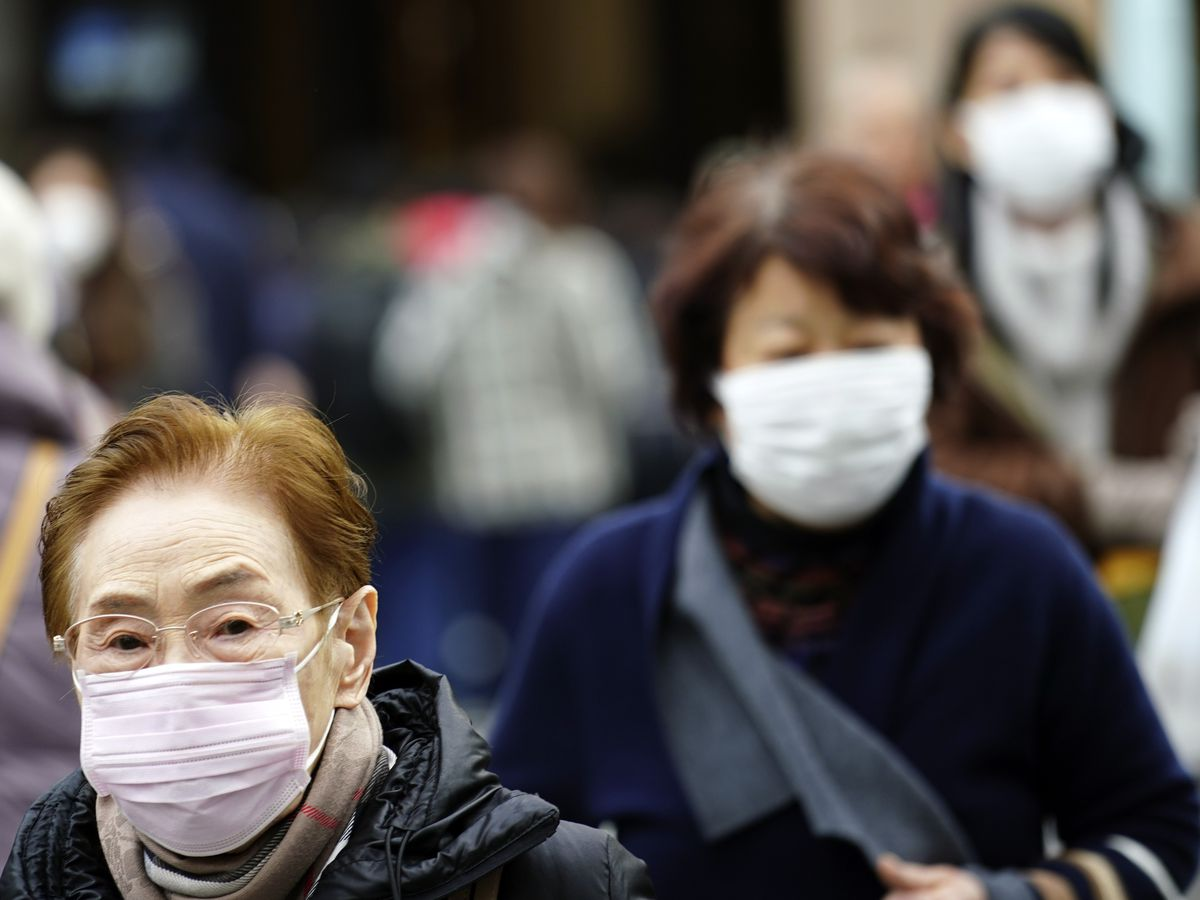 China counts sharp rise in coronavirus cases, 2 in Beijing