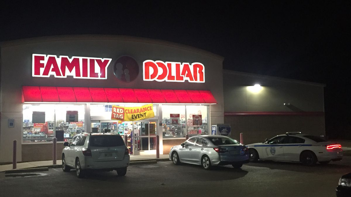 Family Dollar store robbed at gunpoint, JPD investigating
