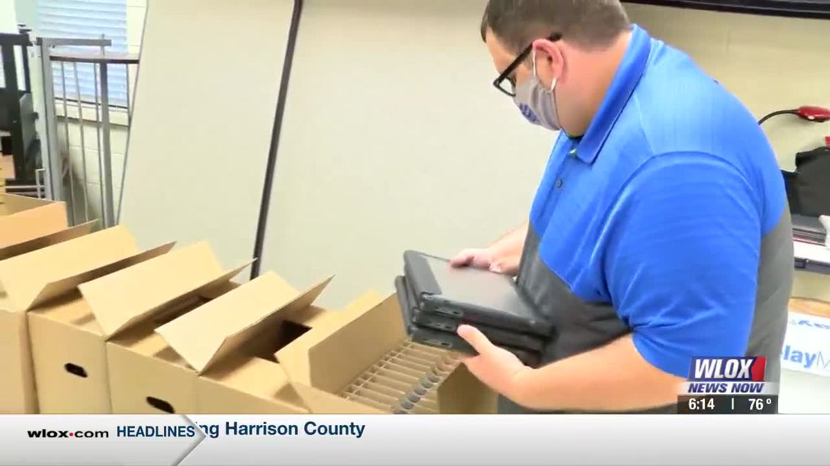 Hundreds of laptops arrive in time for influx of distance learners at Ocean Springs High