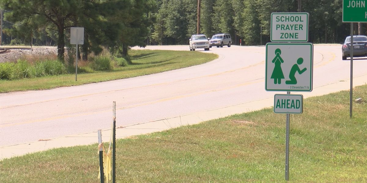 'School Prayer Zone' road signs popping up around Richland Co., SC ahead of new school year