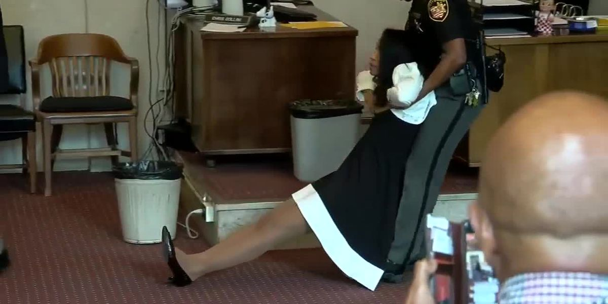 Chaos erupts in courtroom as former judge Tracie Hunter is sentenced