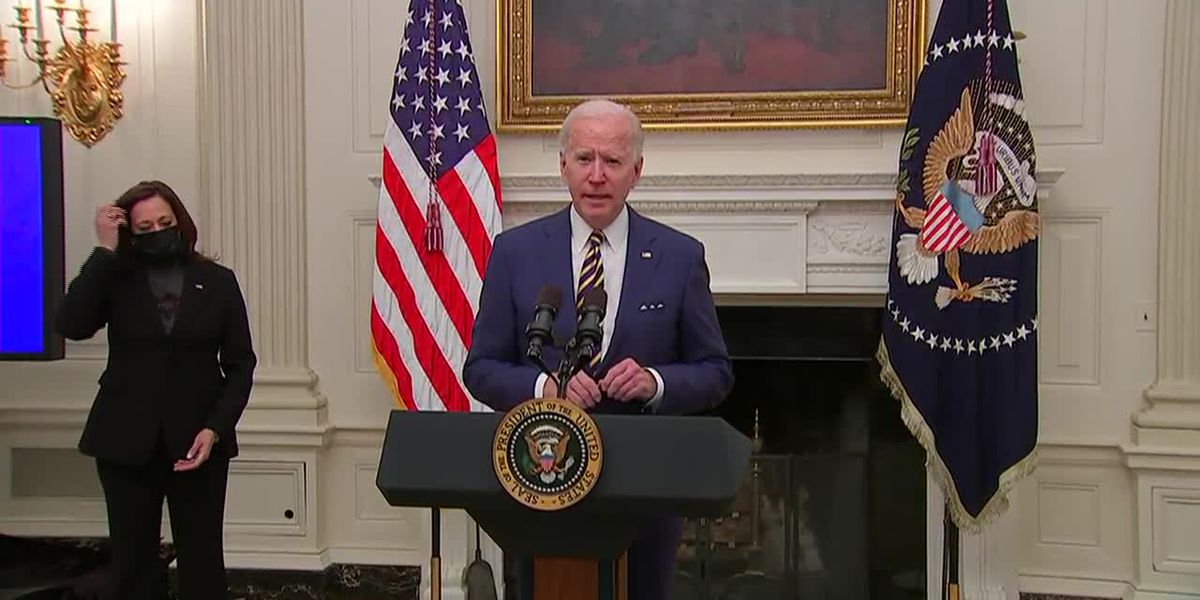 Amid stimulus talks, Biden signs order to help factories