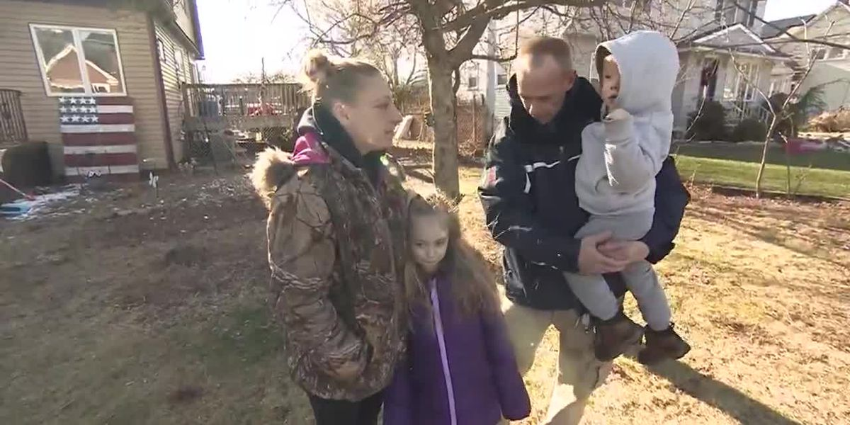 The only one to hear the smoke detectors go off, a 6-year-old saved her family from a house fire