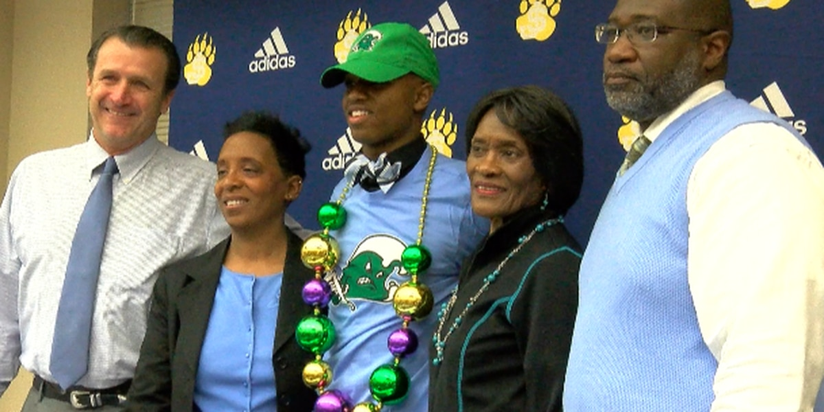St. Joe's Harrison signs with Tulane