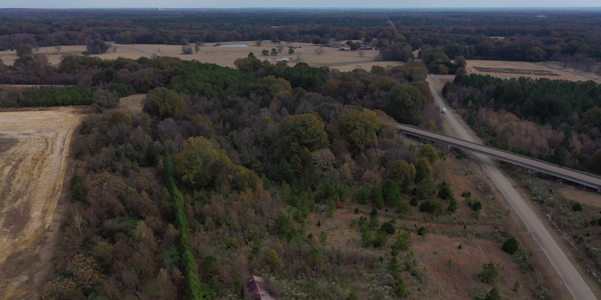 Officials hope to finish Natchez Trace repairs by end of month