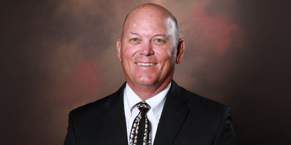 Hinds CC Athletic Director, longtime football coach retires