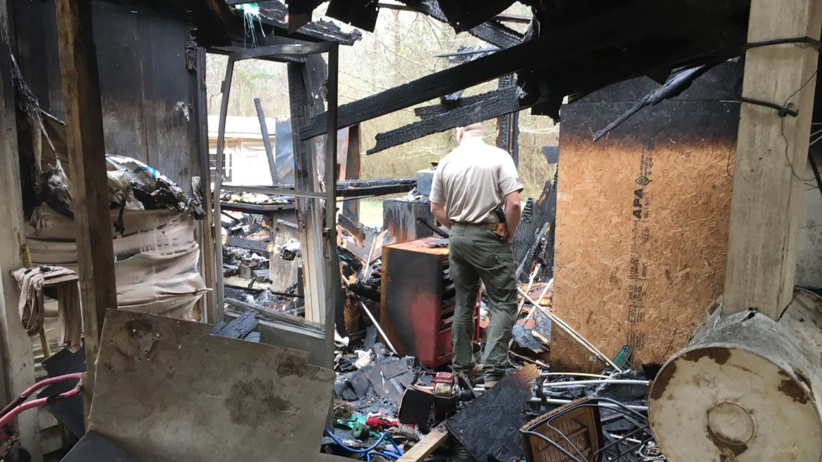 MISSISSIPPI STRONG: Rankin County Sheriff's Deputy rescues family from fire, saves Christmas