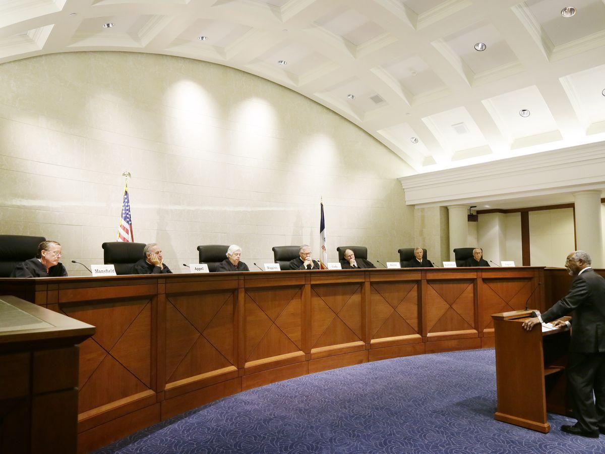 Iowa fetal heartbeat abortion law struck down in state court