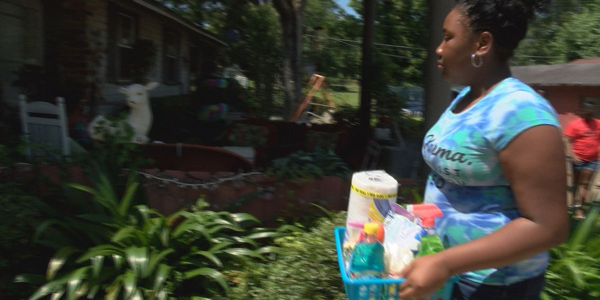 12-year-old hands out essential supplies to elderly in Crystal Springs