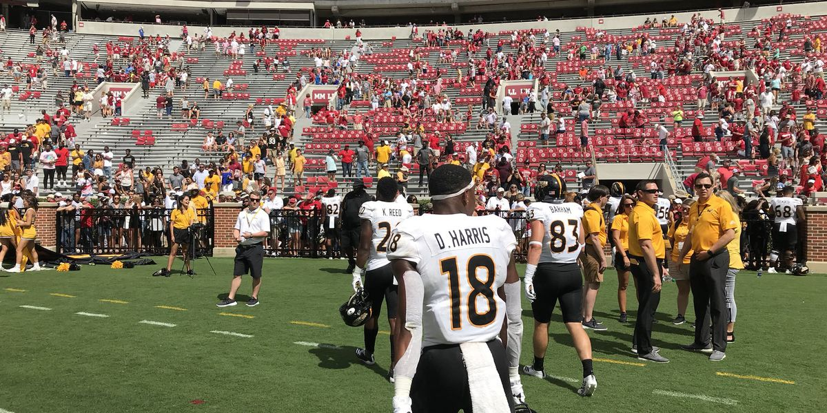 Alabama pounds Southern Miss, 49-7