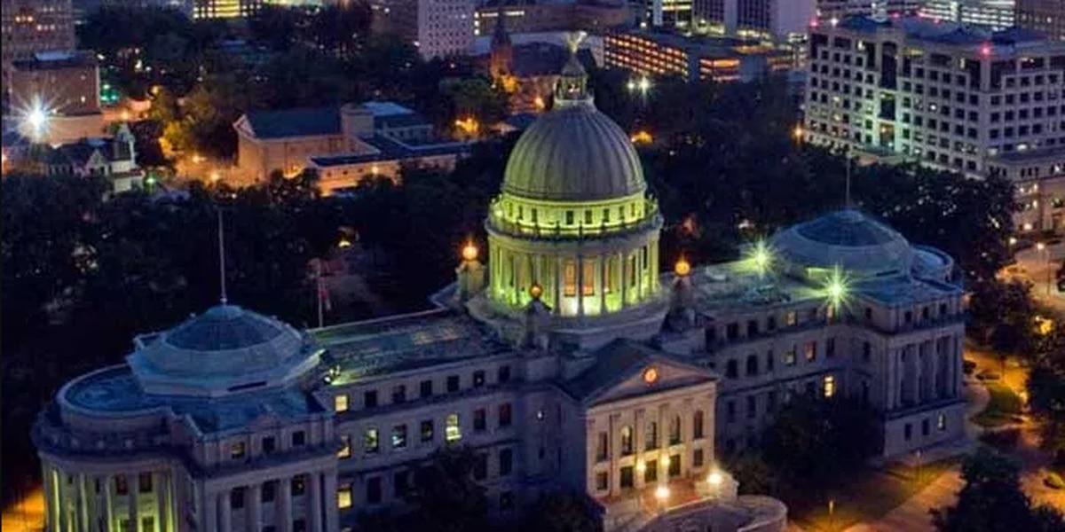 Mississippi Senate OKs lottery, House says no