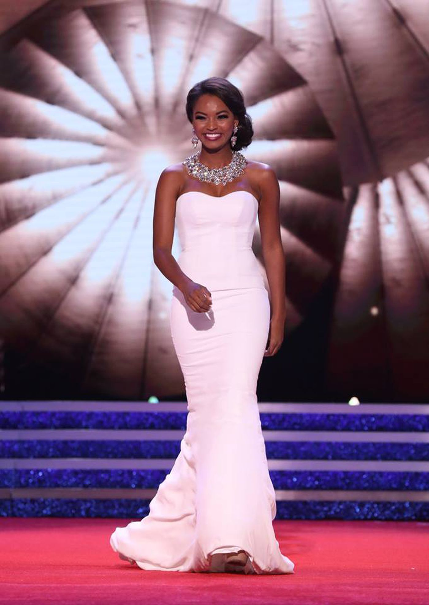 Miss Mississippi sings in final night of preliminary competition at ...