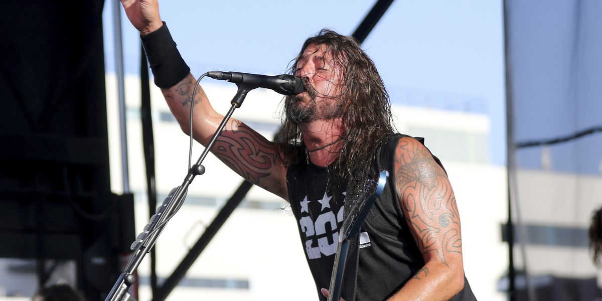 10-year-old from audience jams with Foo Fighters on Metallica cover