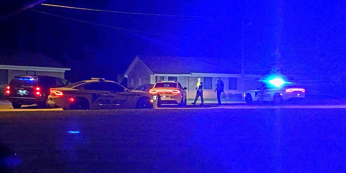 Vicksburg police investigate overnight shooting