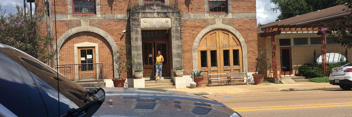'It is not the mayor's fault': Pelahatchie mayor blames board of aldermen for delay in city paychecks