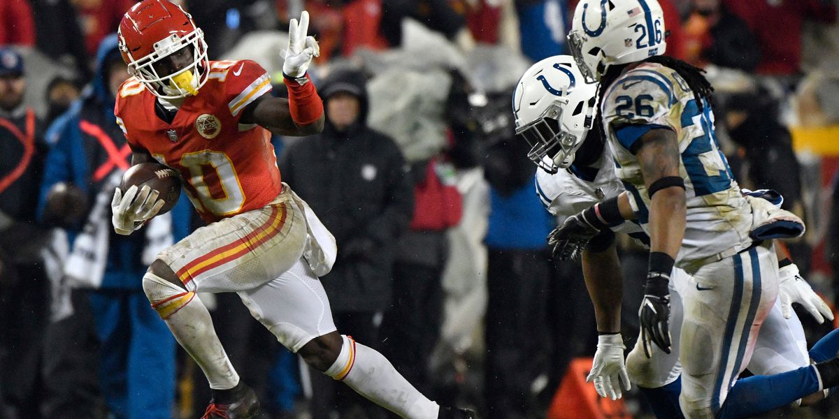 Chiefs roll past Colts 31-13 to reach AFC title game