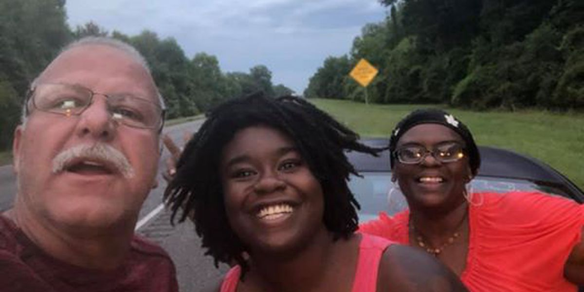 Man stops to help mom, daughter with flat tire near Baton Rouge, makes two new friends