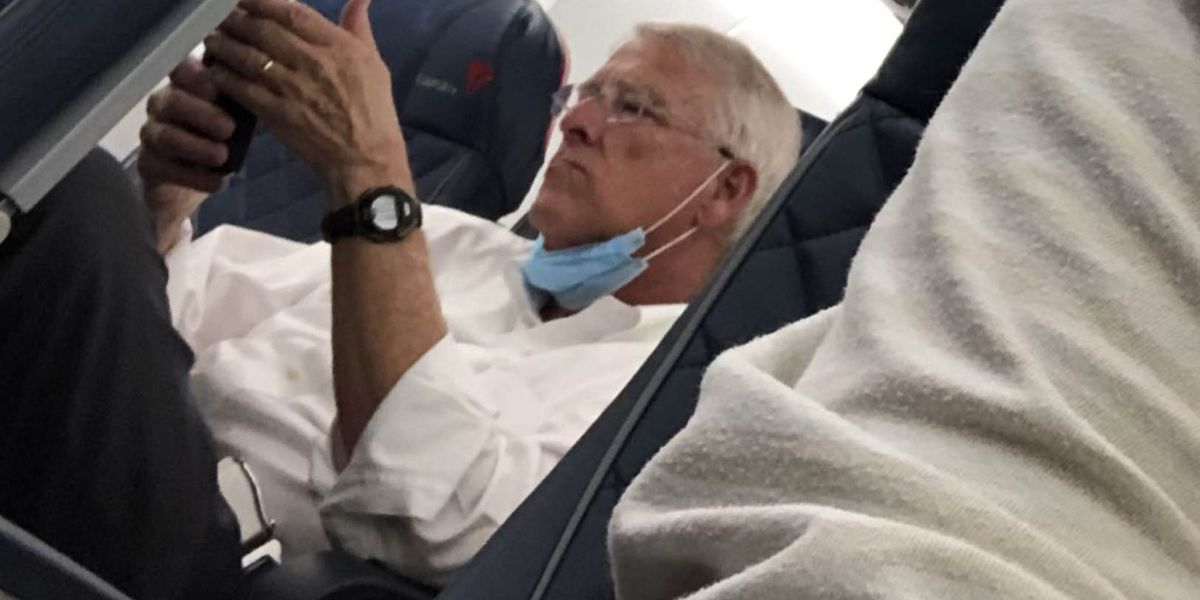 Delta looking into passenger complaint after Wicker caught not wearing mask on flight