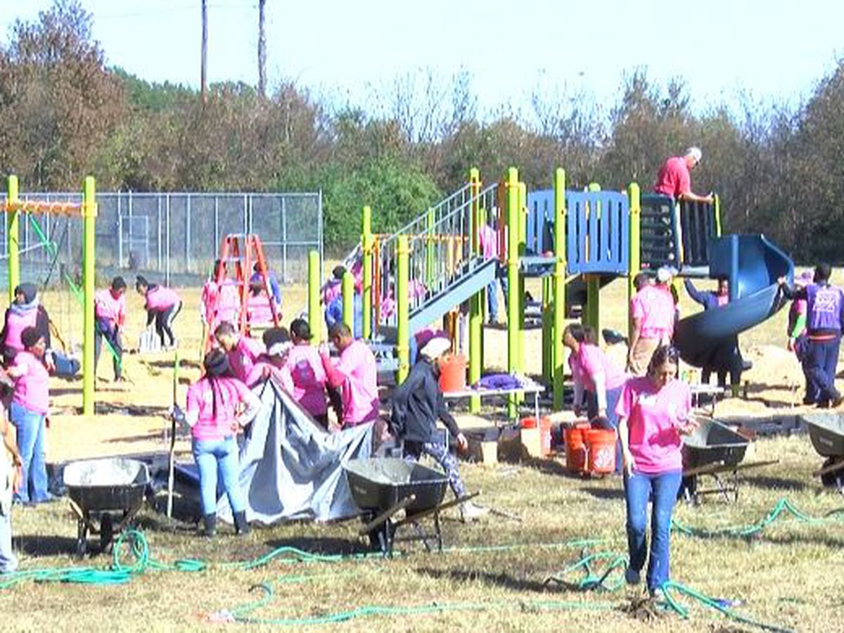 Volunteers build playground for Boys & Girls Club of Central Mississippi