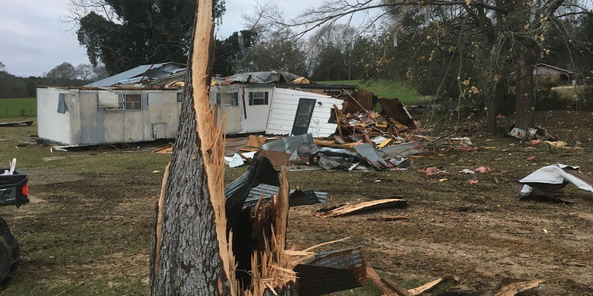 Tornado rips path of destruction through Simpson County, damages church