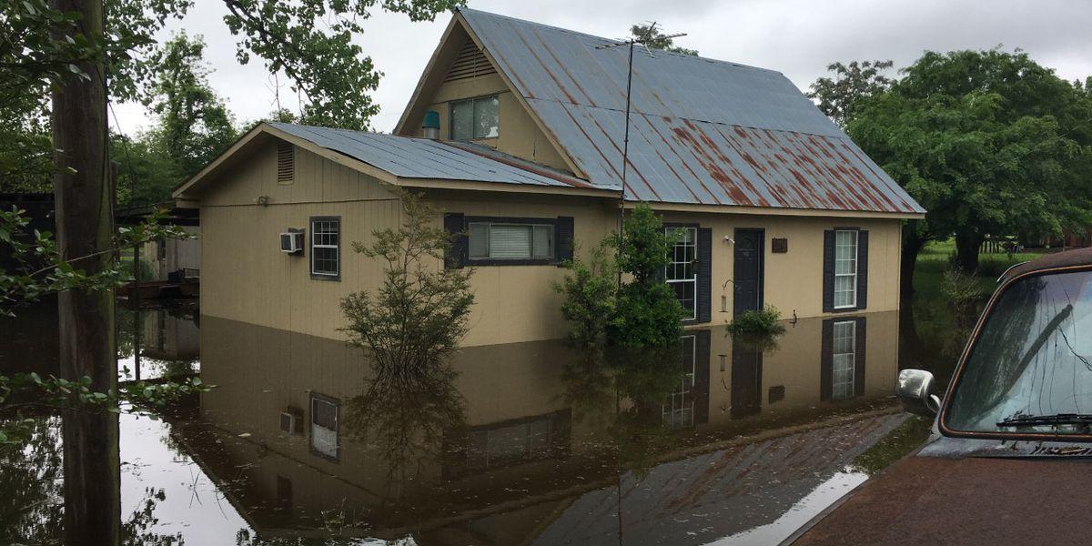 Flooding damages Eagle Lake homes