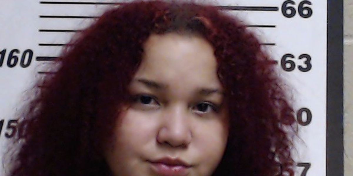 Gulfport woman charged with manslaughter in fatal stabbing