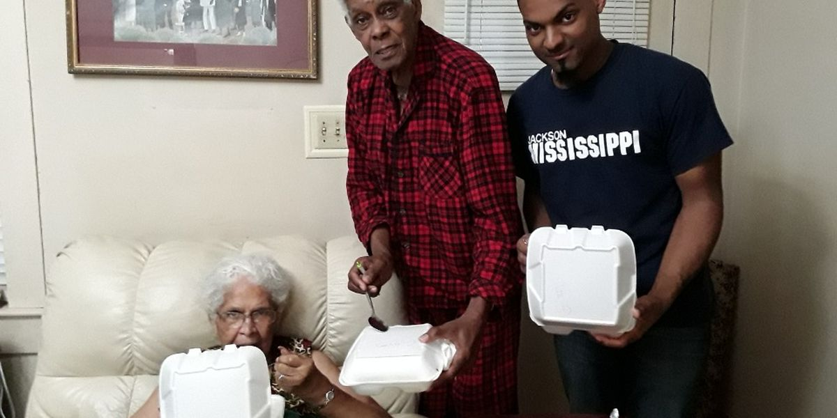 Clinton mother delivers home-cooked meals to elderly during coronavirus pandemic