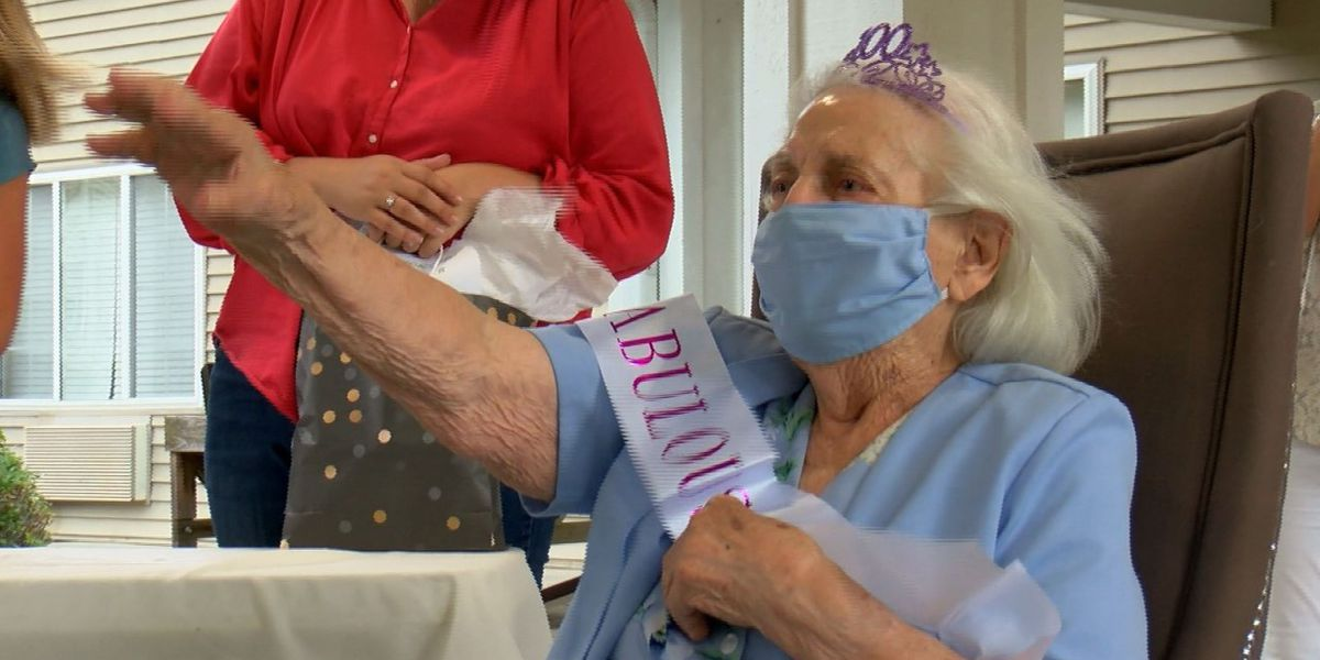 Hattiesburg woman celebrates 100th birthday with parade