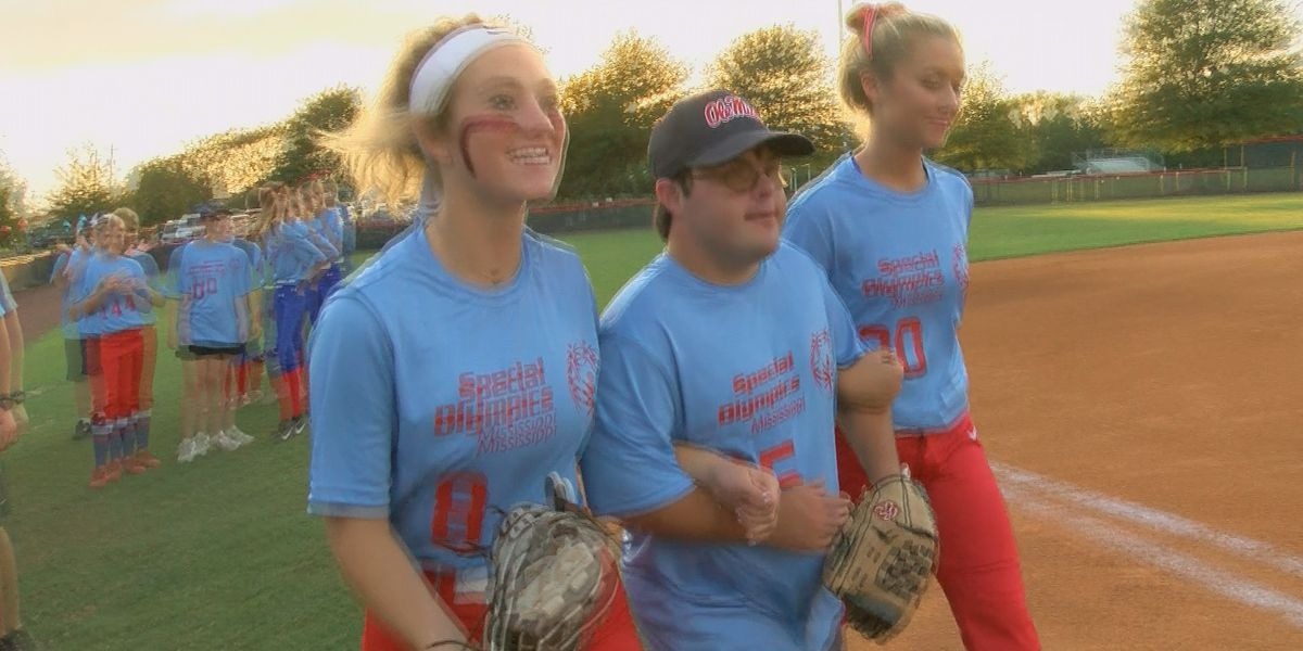 Jackson Prep and Hartfield Academy softball 'Play Unified' for Special Olympics Mississippi