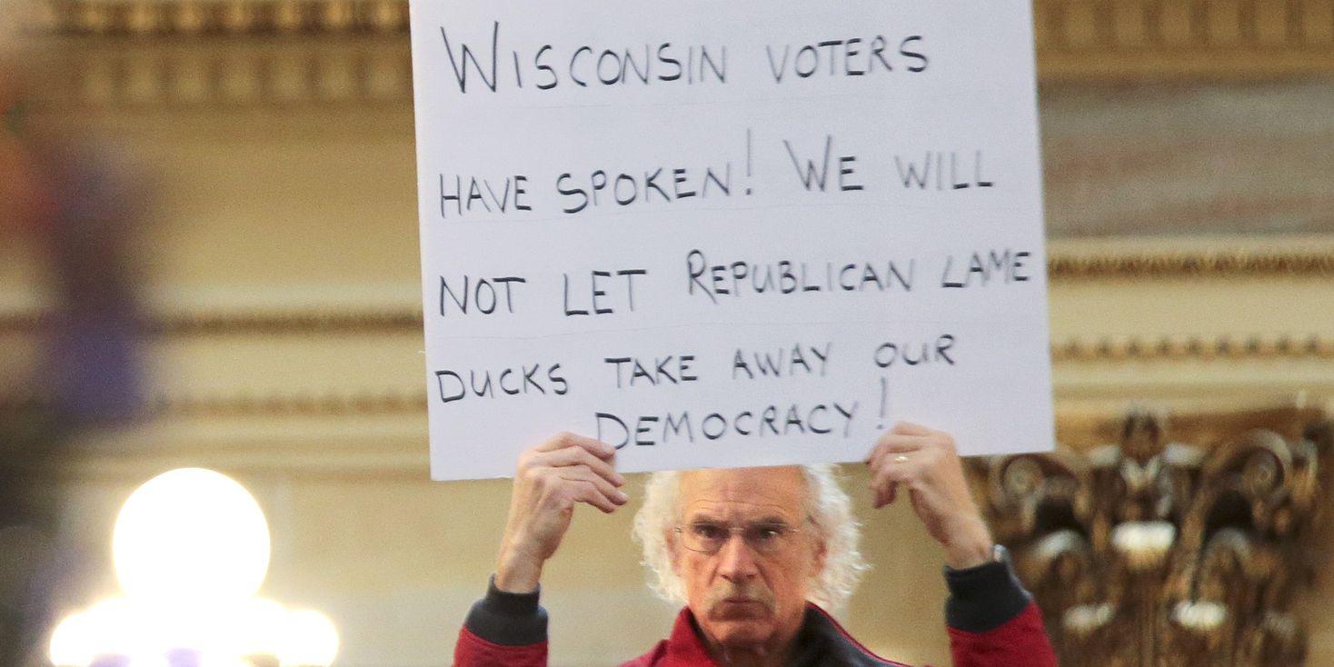 Wisconsin Senate passes bill limiting governor's powers