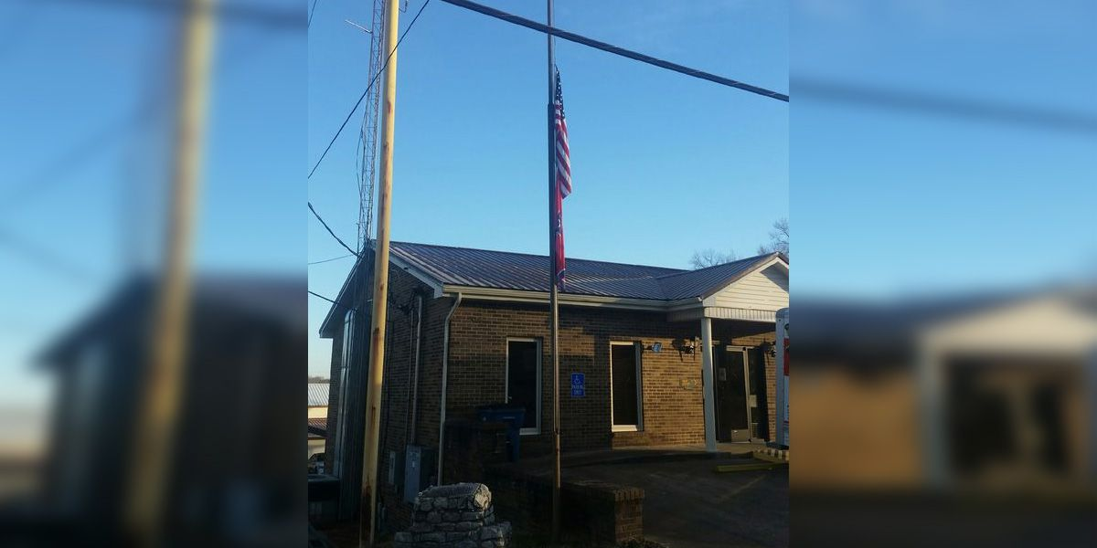 Tennessee town lowers flags in response to Biden inauguration