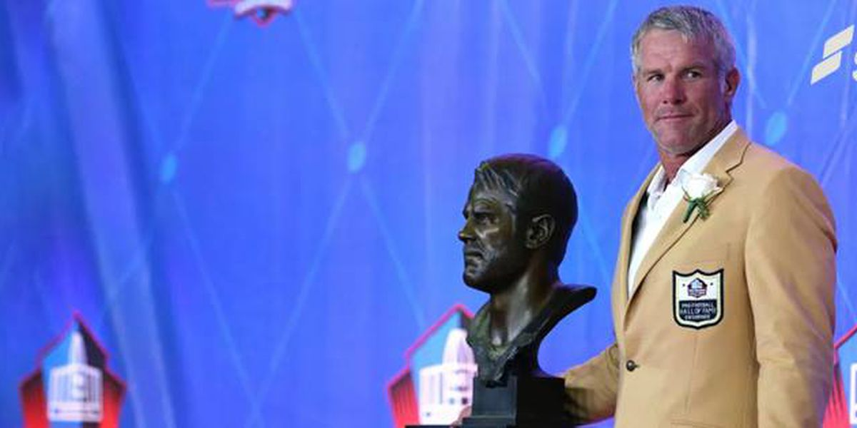 Favre named among top NFL quarterbacks ever
