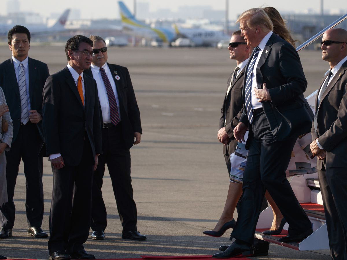 Trump arrives in Tokyo for state visit, golf and sumo