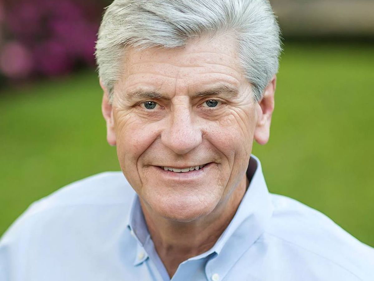 Governor Bryant endorses Lt. Gov. Tate Reeves in gubernatorial race