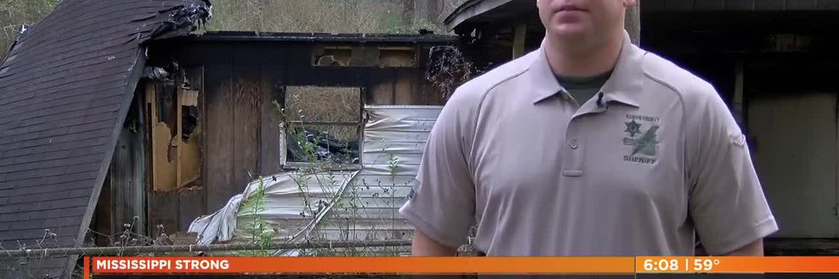 Rankin County Sheriff's Deputy rescues family from fire, saves Christmas