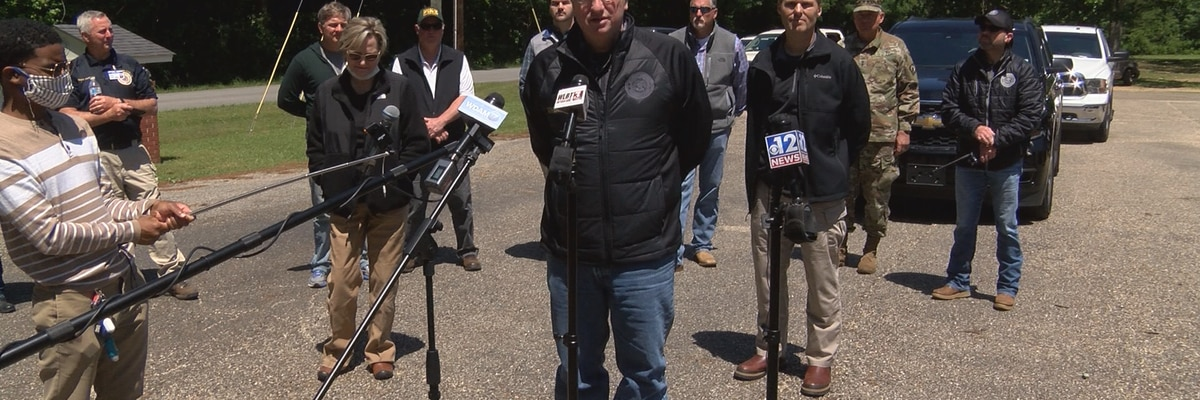 Gov. Reeves, DHS Secretary Chad Wolf tour Easter storm damage in Laurel