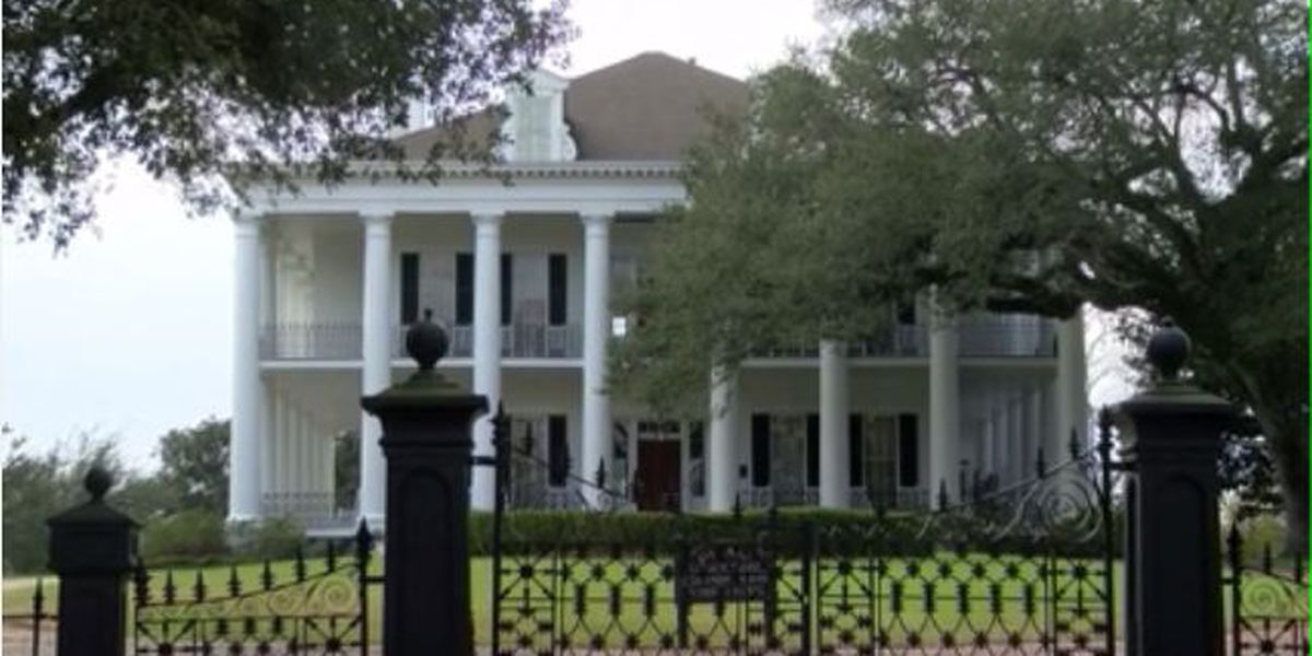 Iconic Dunleith Historic Inn in Natchez heads to auction