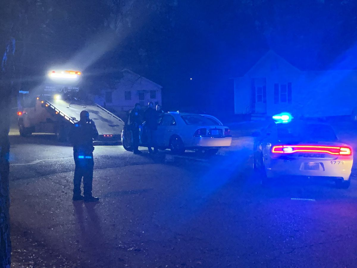 No injuries reported after shooting in Jackson leaves car 'riddled with bullets'