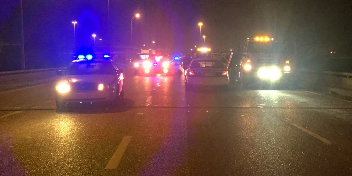 One woman killed, one injured after stopping to help car that hit bridge barrier on I-20