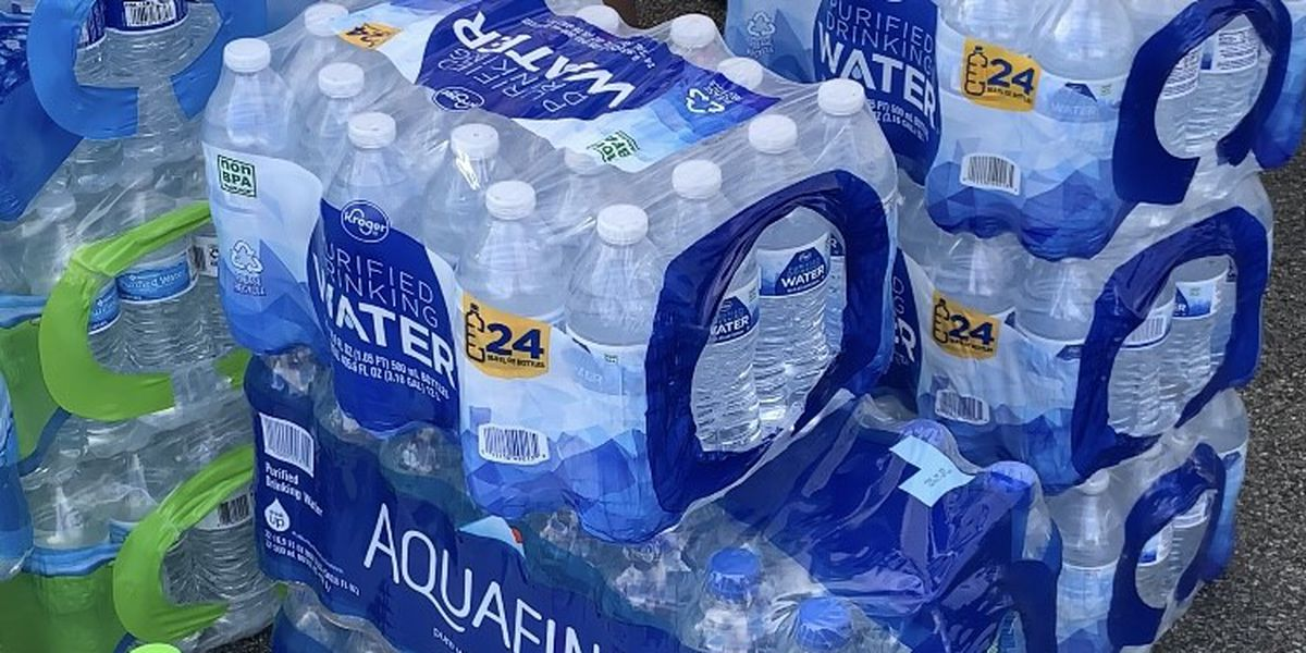 Hinds County Sheriff's Office hosts water giveaway Thurs.