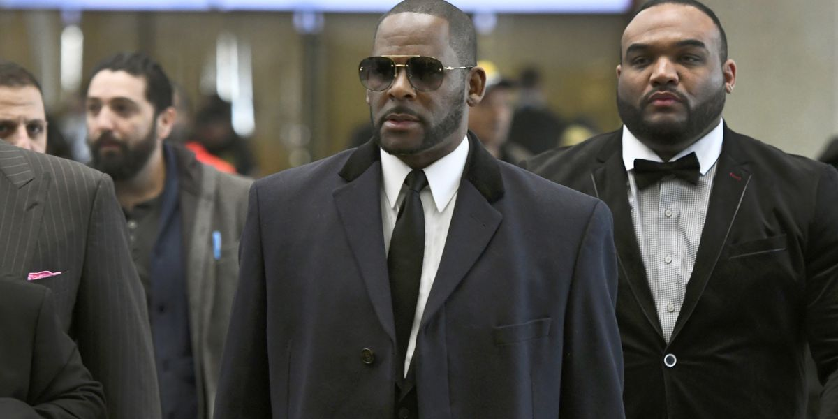 Feds bring new sex crime charges against singer R. Kelly