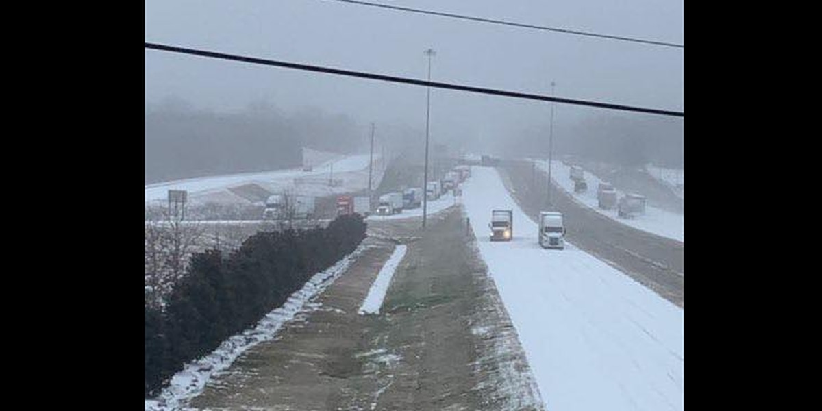 Clinton residents work together to feed hungry truck drivers stranded on icy I-20