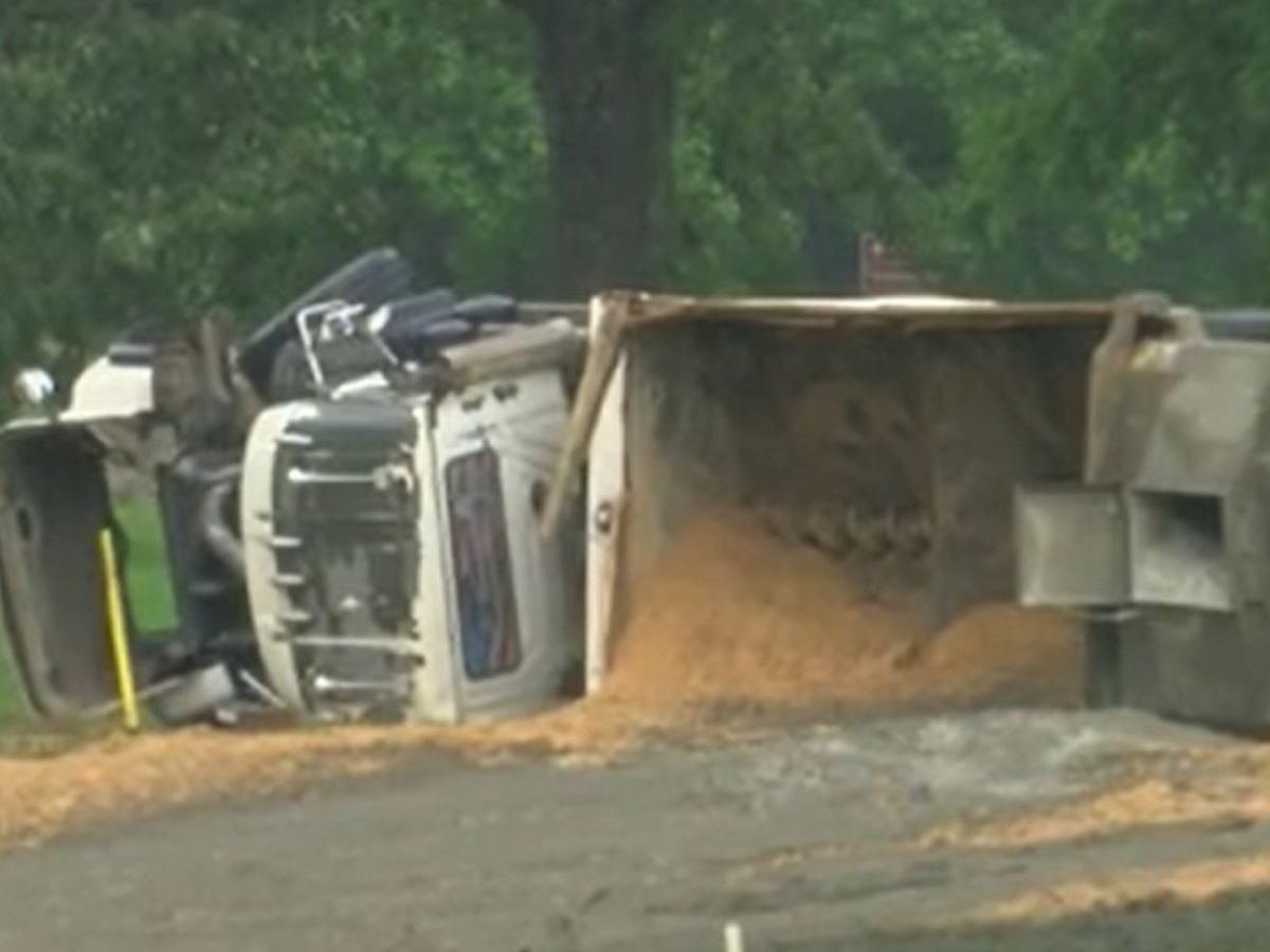 Dump truck full of sand overturns on Natchez Trace, entrance ramp closed