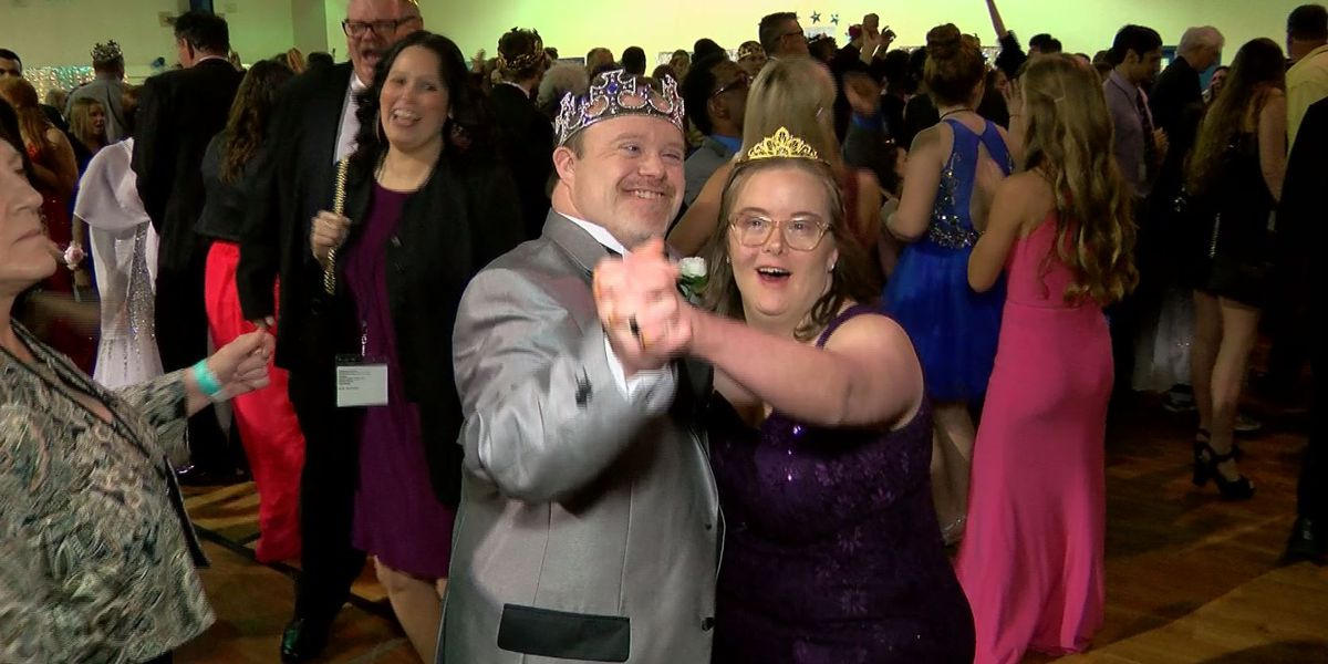 More than 250 guests attend special needs prom sponsored by Tim Tebow Foundation